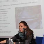 Силвия Арангелова - експерт по туризма представя дейностите, свързани с възстановяване на алеите в парка