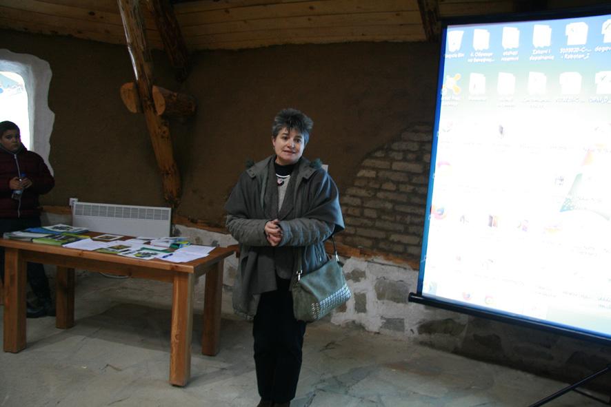 Г-жа Снежана Петрова, директор на парка, закрива срещата